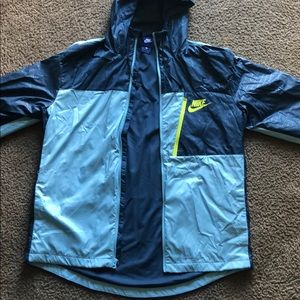 NEW Nike windbreaker jacket